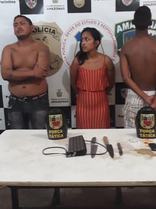 Trio preso suspeito de envolvimento com o tráfico de drogas e roubo de motos na cidade