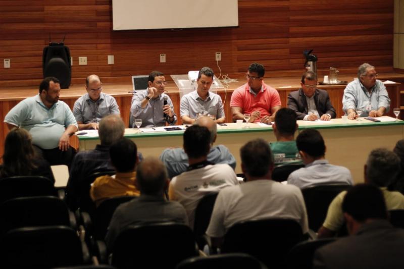 Incentivo à produção de malva e juta é pauta de reunião em Manacapuru