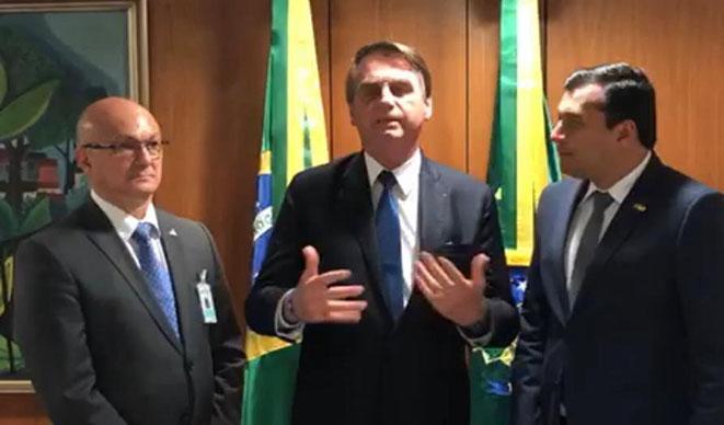 Bolsonaro assegura a Wilson Lima que vai tratar de interesses do Amazonas