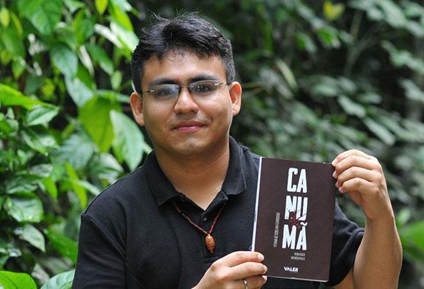 Educador indígena lança livro sobre a vida Munduruku