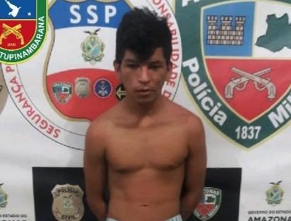 Polícia Militar prende homem com simulacro de arma de fogo em Parintins
