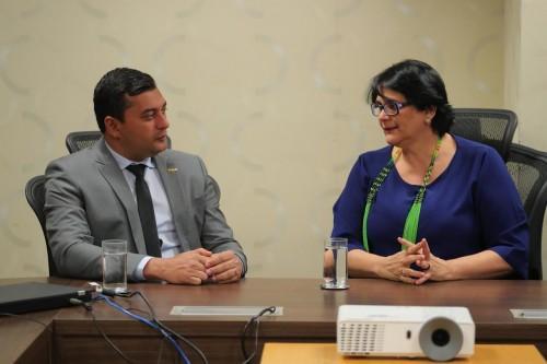 Wilson Lima formaliza parceria para implantar no Estado programa federal de proteção às crianças