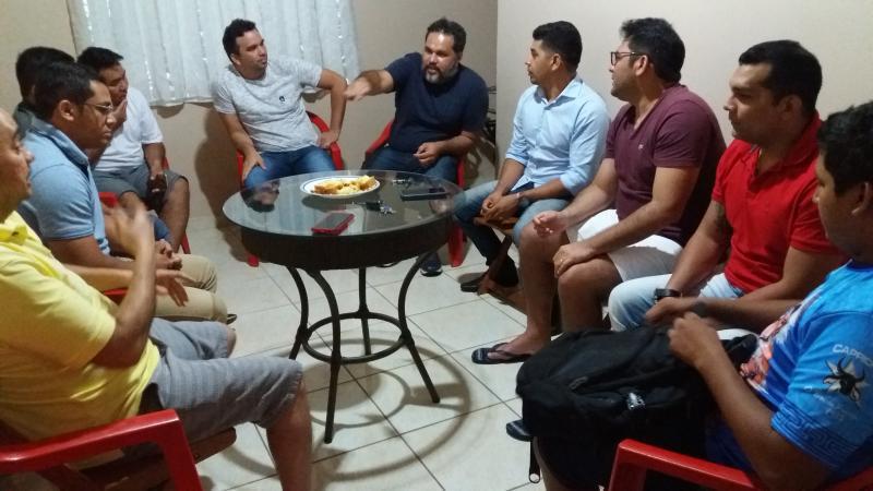 Em Parintins grupo intensifica movimento de 'pensamento jovem na política' e recebe novos integrantes