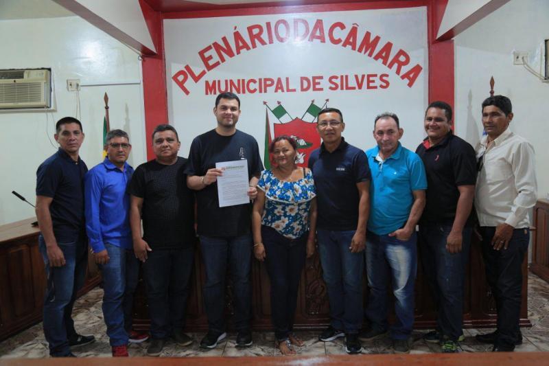 Em viagem ao Médio Amazonas, Saullo Vianna reforça compromisso em intermediar soluções junto ao governo