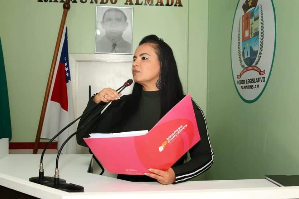 Vereadora Vanessa participa de congresso em Brasília