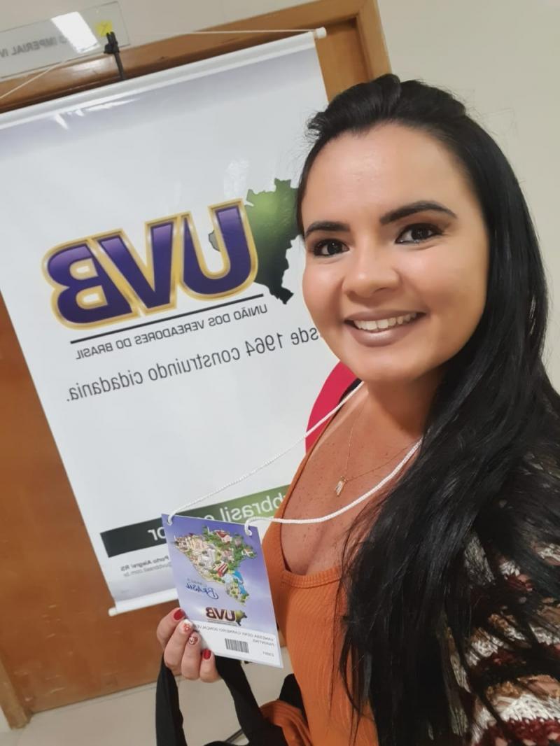 Parintins tem representatividade em Congresso Nacional de Vereadores