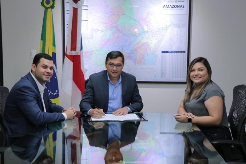 Governador Wilson Lima sanciona lei que reforça combate à violência contra a mulher no Amazonas