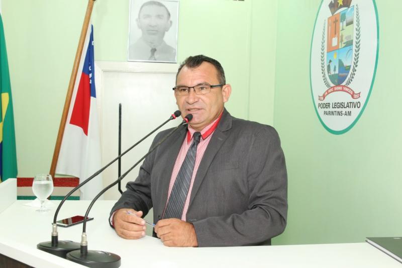 Vereador Afonso Caburi manifesta apoio aos servidores municipais