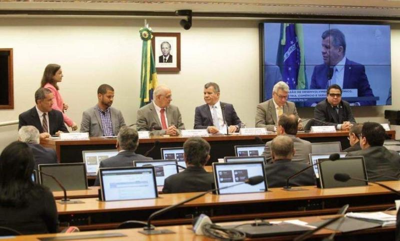 Bosco Saraiva preside audiência pública que trata do Sínodo da Amazônia e a importância da Zona Franca de Manaus