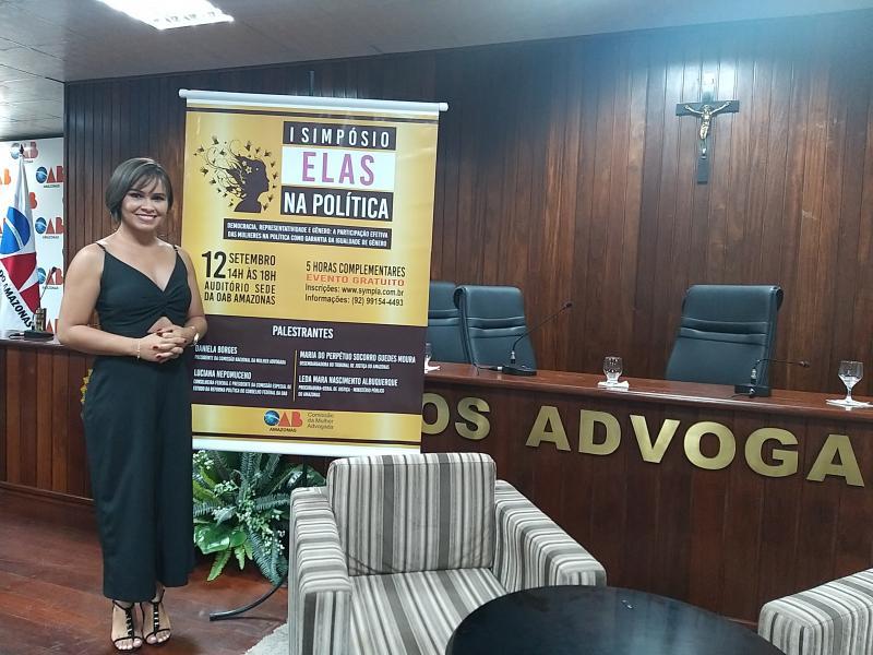 Sara Sampaio representa Parintins no 1° Simpósio Elas na Política