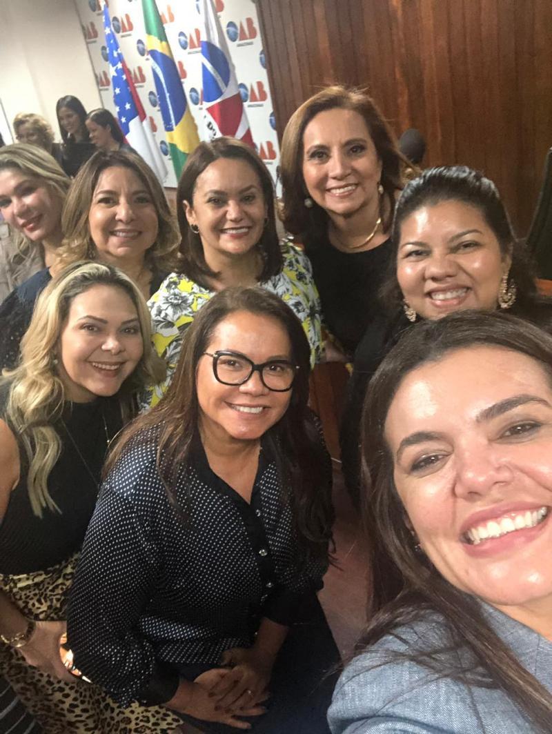 Simpósio Elas na Política tem representante de Parintins, Márcia Baranda