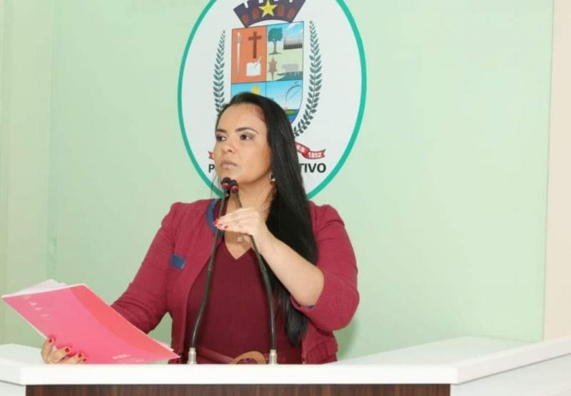 Defesa do Consumidor: Vereadora Vanessa cobra melhorias nos serviços da empresa Map Linhas Aéreas