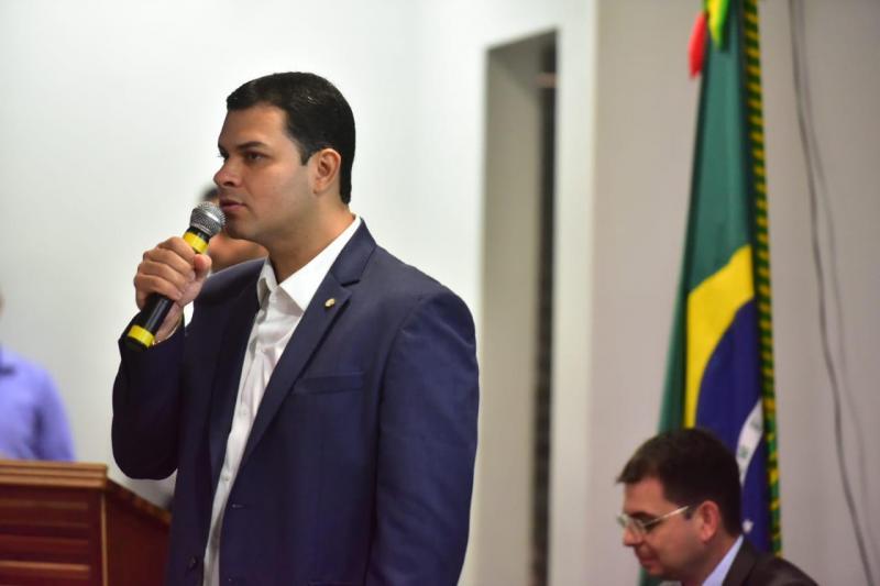 Saullo Vianna cumpre agenda em Maués