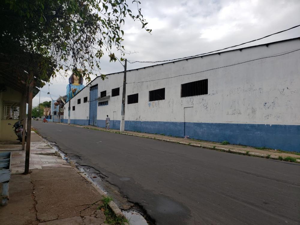 Caprichoso paga R$ 100 mil para evitar leilão de galpão