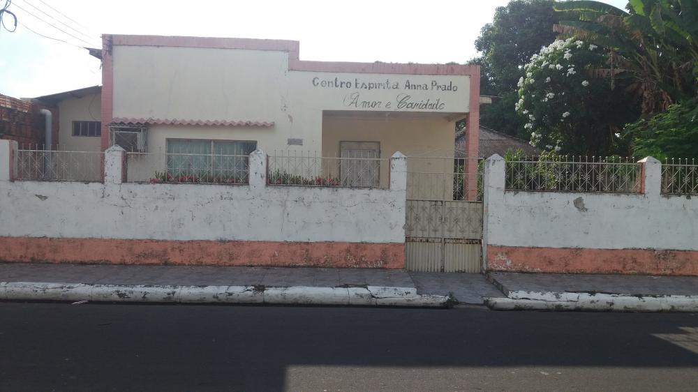Centro Espírita Anna Prado realiza brechó neste sábado (12)