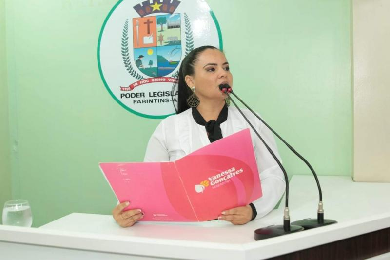 Vereadora Vanessa pede melhorias para a Escola Municipal Luiz Gonzaga