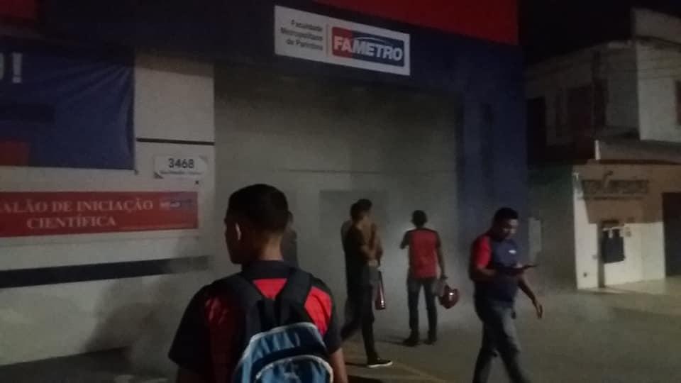 Princípio de incêndio na Fametro: Corpo de Bombeiros afirma que o funcionamento da faculdade está irregular
