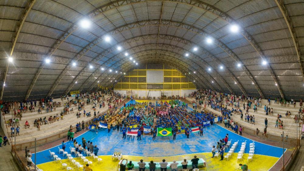 Em abertura dos Jogos Escolares, Bi Garcia anuncia início da construção de ginásio na escola Charles Garcia