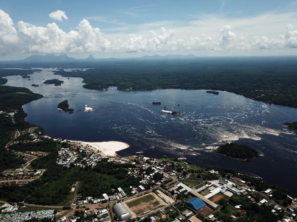 Prefeitura de São Gabriel da Cachoeira é denunciada por custeio de viagens internacionais e uso irregular de veículos