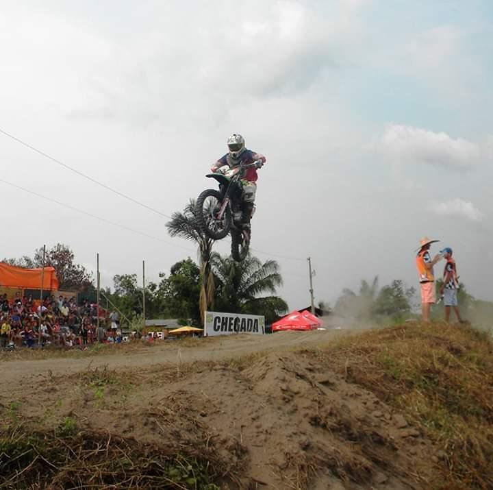 Em Parintins, pilotos prometem levantar poeira no domingo, na II edição do Ideal MX Cross