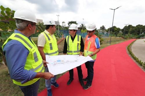 Wilson Lima inspeciona obras do Prosamim no bairro Presidente Vargas e anuncia entrega para março de 2020