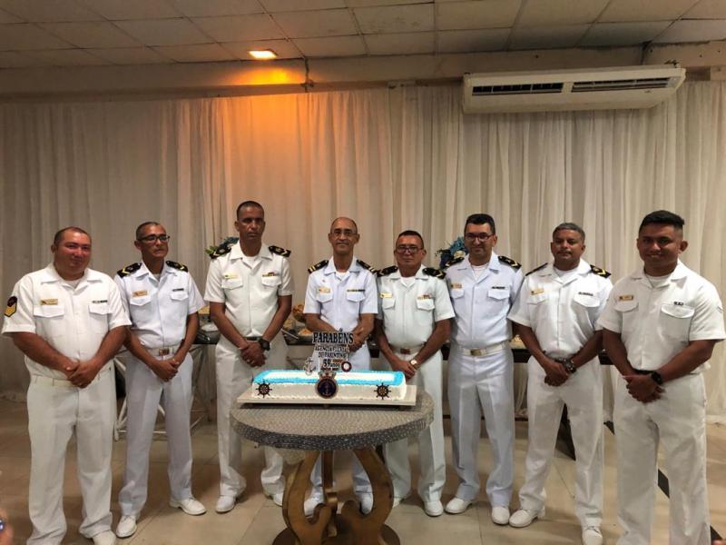 Medalhas, formatura e premiações marcam o Dia do Marinheiro em Parintins