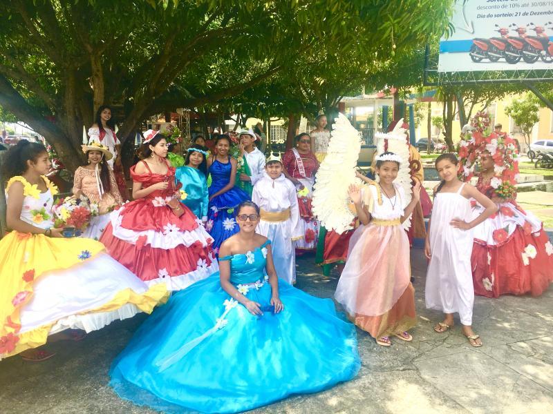 Pastorinhas e a tradicional saída no Dia de Reis, em Parintins