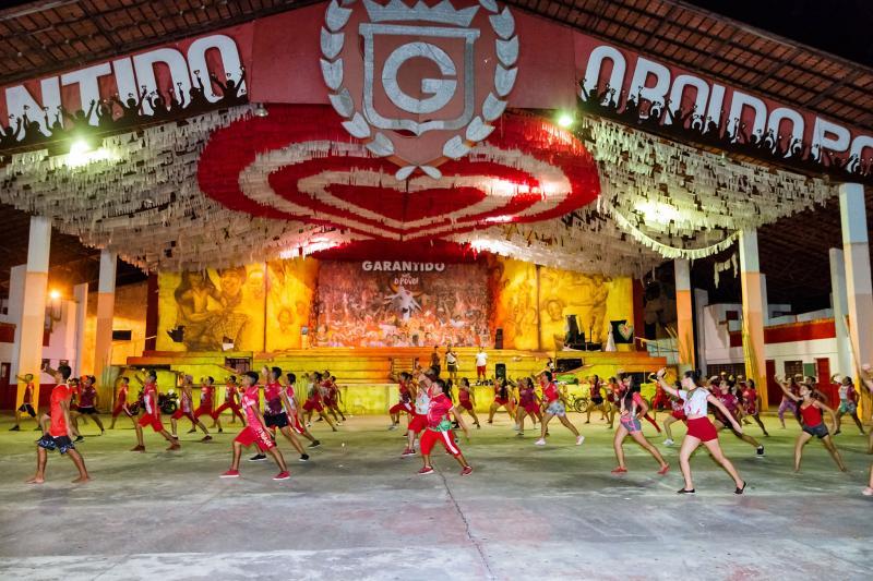 Garantido Show finaliza coreografias para o Festival 2020