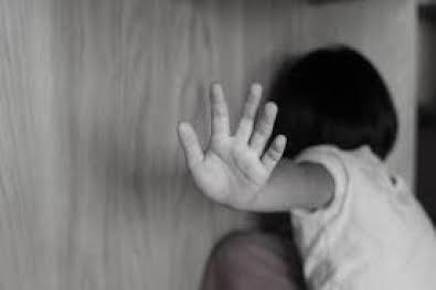 Indígena de 9 anos reza em voz alta, mas é estuprada pelo pai no AM