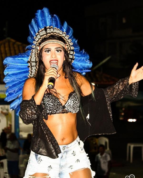Vanessa Alfaia é a atração da Banda do Koiote nesta sexta (21), em Parintins