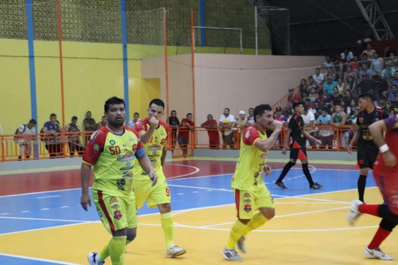 Navio Parintins vence e avança para a próxima fase da Copa Alvorada de Futsal