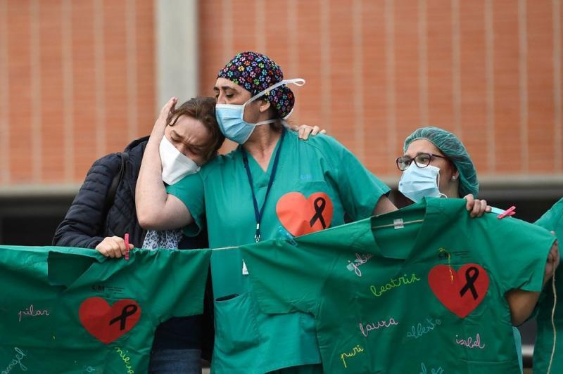 Espanha tem menor número de mortes por coronavírus em 19 dias