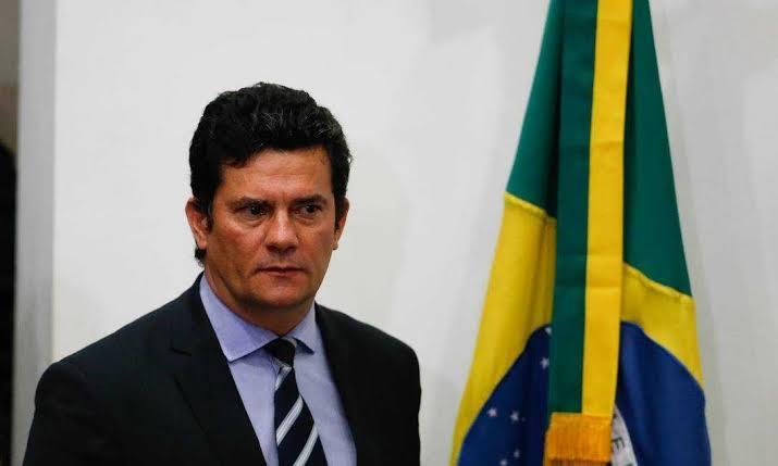 """""""Quero apenas uma superintendência da PF, a do Rio"""", disse Bolsonaro a Moro"""