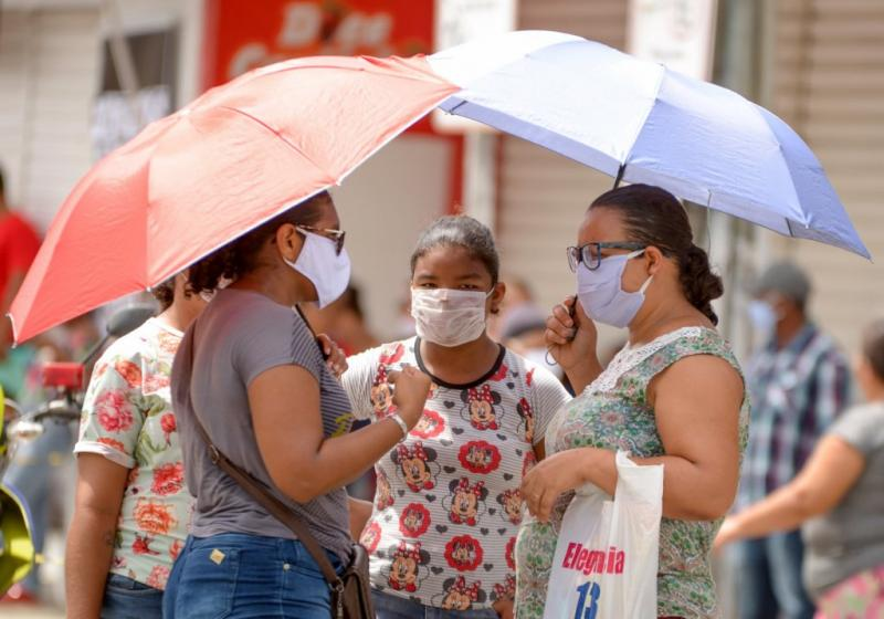 Câmara aprova uso obrigatório de máscara em locais públicos em todo o país