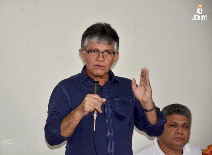 Prefeito de Juruti é transferido para Parintins por falta de leitos de UTI no Pará