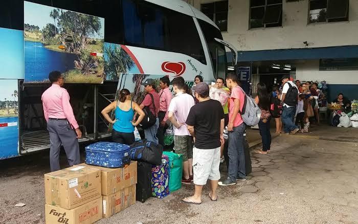 Governo do Amazonas revoga suspensão de transporte intermunicipal e interestadual terrestre