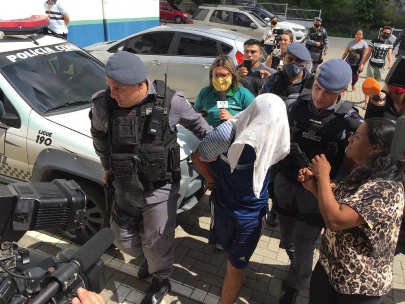 Pai suspeito de filmar agressão ao próprio filho de um ano é preso na Zona Oeste de Manaus