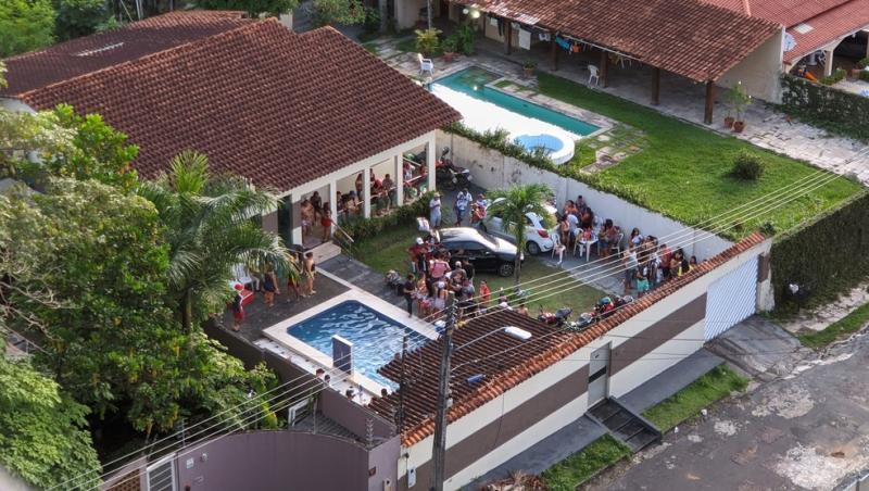 Evento com aglomeração de pessoas é interrompido pela polícia na Zona Centro-Sul de Manaus