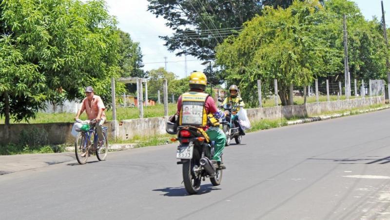 Coopmoto lança cartão digital do moto taxista em Parintins