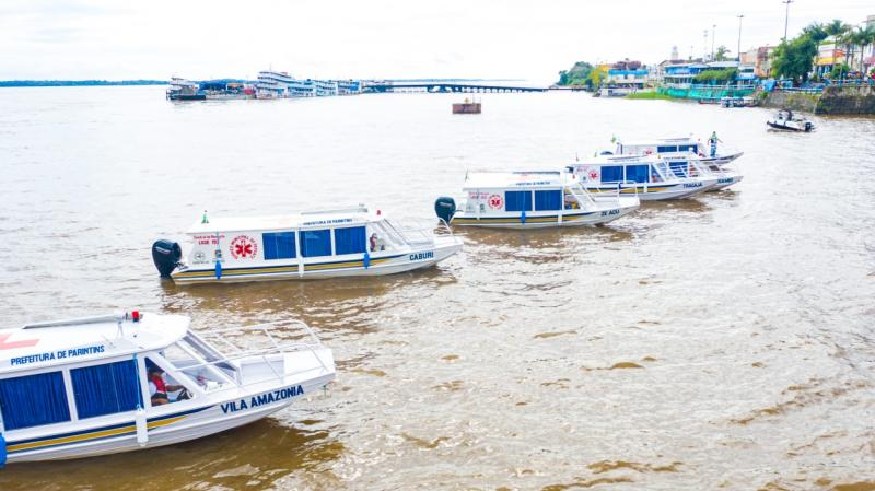 Comunidades pólo de Parintins recebem seis ambulanchas da Prefeitura