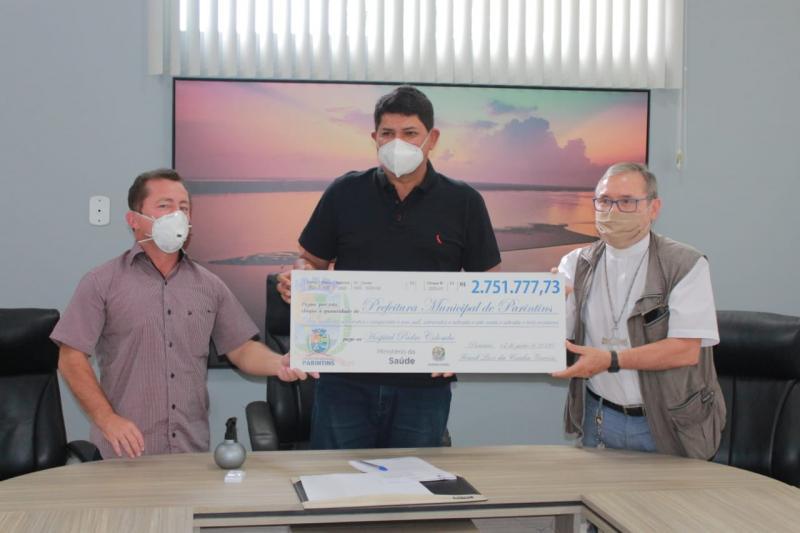 Prefeitura de Parintins faz doação de mais de R$ 2 milhões ao hospital Padre Colombo