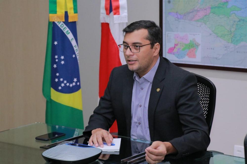 Wilson Lima assina decreto que autoriza eventos 'drive-in' no Amazonas