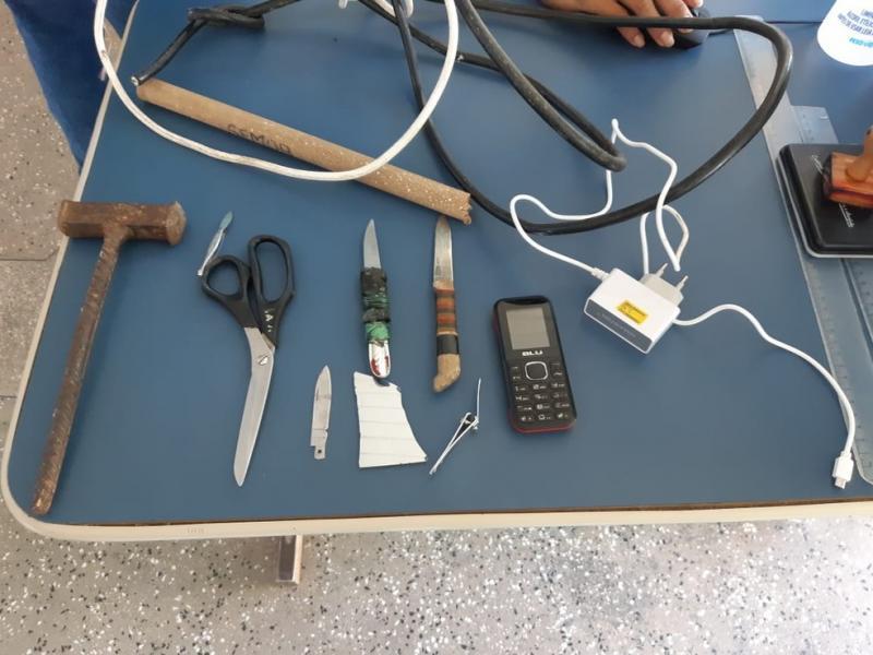 Dez presos tentam fugir de delegacia, mas polícia frustra ação no interior do AM