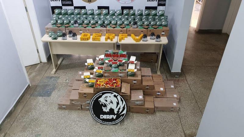 Polícia Civil apreende 10 mil munições clandestinas em embarcação no AM