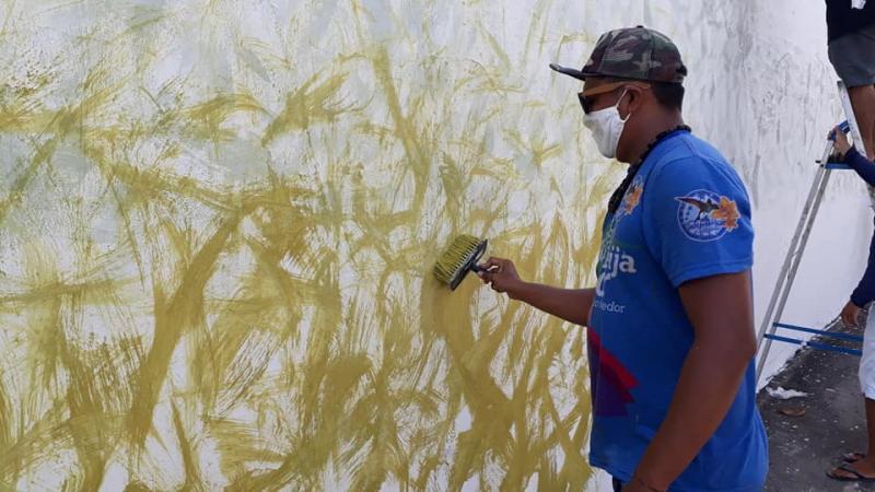 'Artistas da Fé' preparam painel de 50 metros em homenagem à Padroeira de Parintins