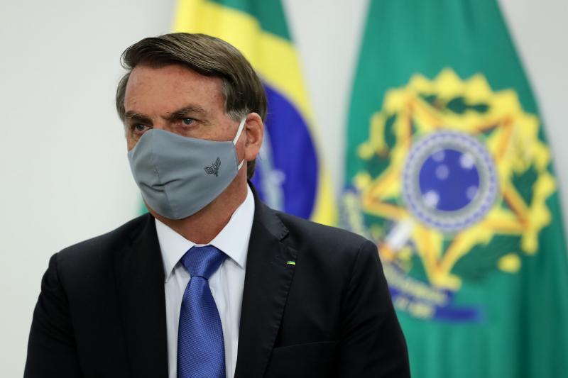 Bolsonaro confirma que seu exame para covid-19 deu positivo