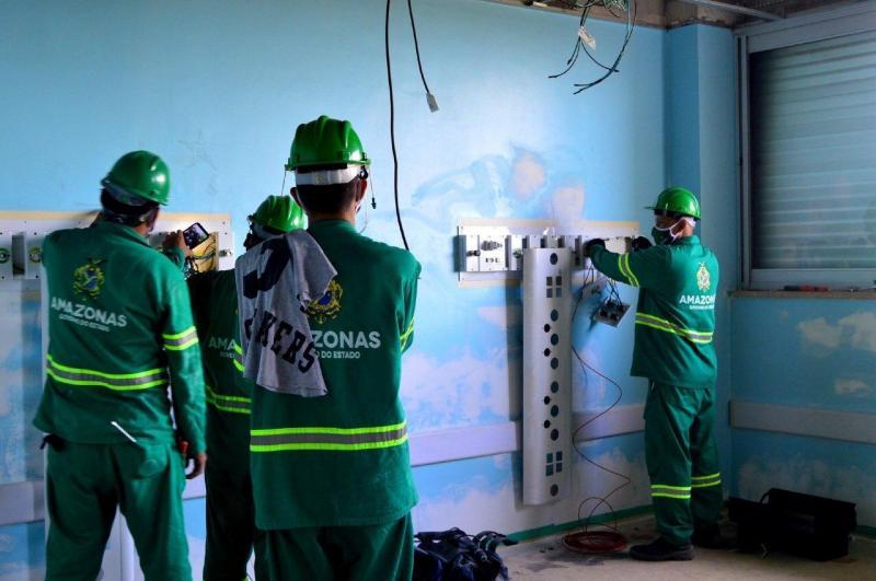 Governo do Amazonas inicia trabalho de recuperação de enfermarias do Hospital João Lúcio
