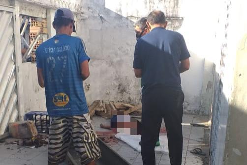 Em Manaus, homem é agredido até a morte após invadir festa para roubar