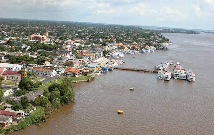 """""""Precisamos captar e tratar a água do rio Amazonas para o consumo dos Parintinenses"""", afirma Juscelino"""