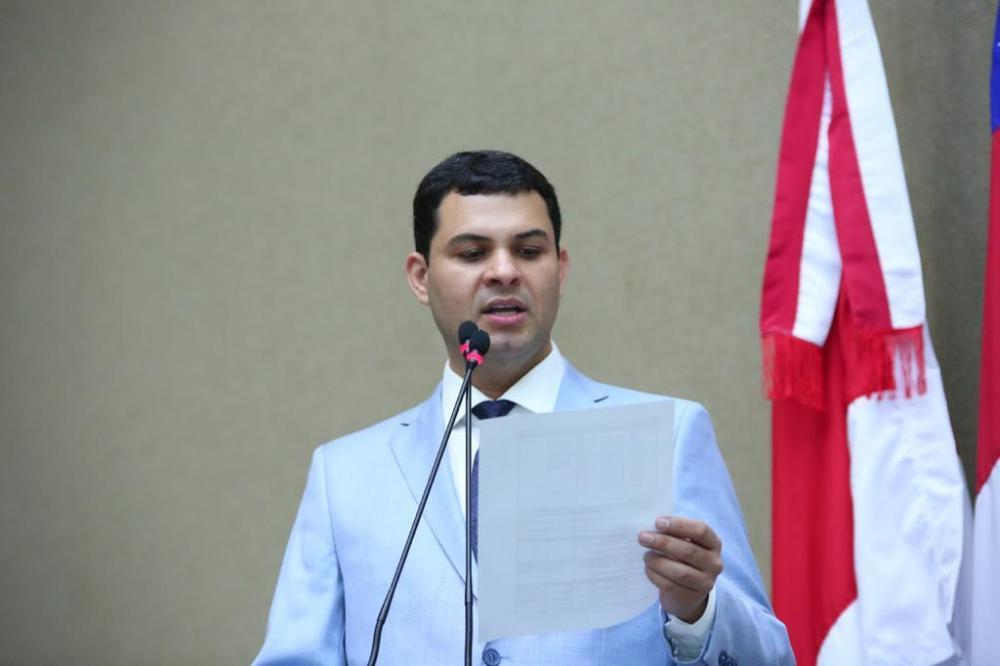 Saullo Vianna questiona ações da prefeitura de Boa Vista do Ramos durante a pandemia